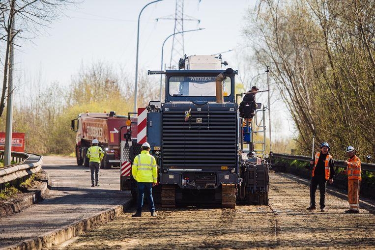 Beeld ter illustratie. Wegenwerken op de R4 in Merelbeke.  Beeld © AWV