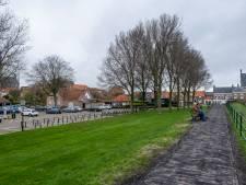 Veere wil vooruit met het Oranjeplein; plannen om wonen, recreëren en vertoeven er samen te laten gaan