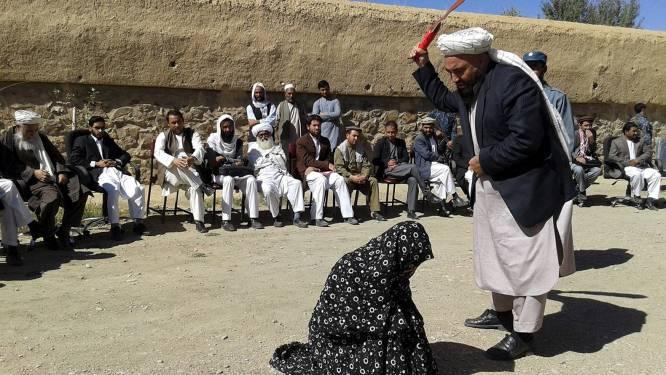 Taliban geselt jong koppeltje dat wilde weglopen