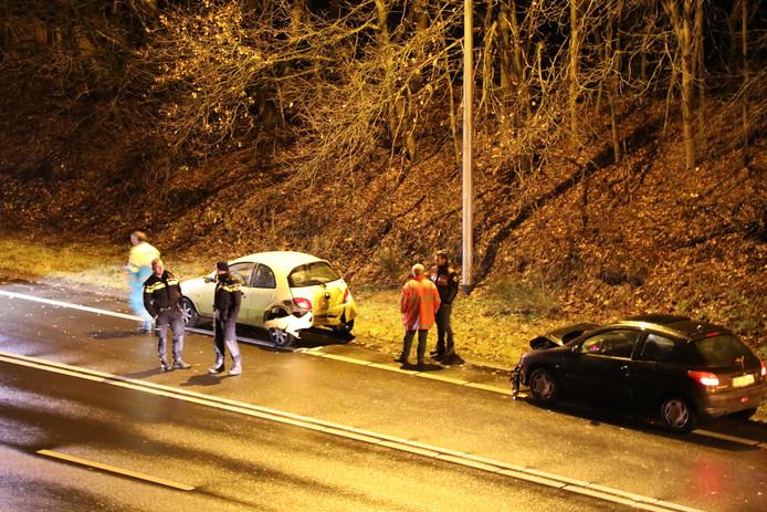 Bij een kop-staartbotsing in Kaatsheuvel viel een gewonde.
