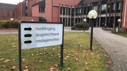 Bruggeling (28) blijft werkloosheidsuitkering trekken terwijl hij in gevangenis zit