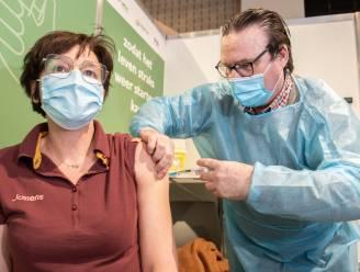 100 hulpverleners krijgen vandaag in Oudenaarde hun eerste prik