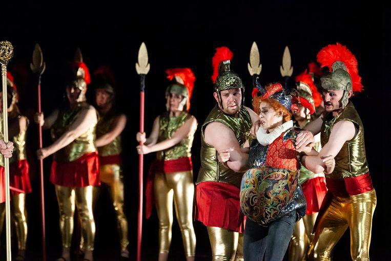 Offenbachs Fantasio in de regie van Benjamin Prins. Beeld Joost Milde