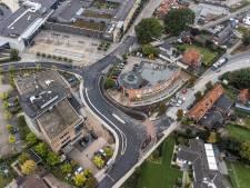 Kruispunt in Groenlo eindelijk veilig genoeg: verkeersregelaars hoeven na drie jaar niet meer te komen