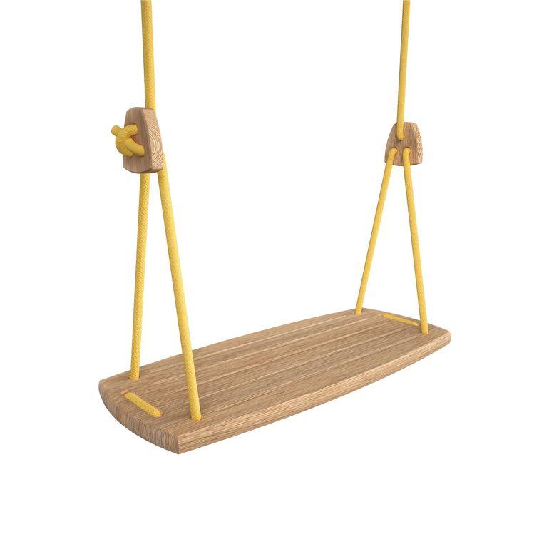 Schommel - Handgemaakte eikenhouten schommel van het Finse speelgoedmerk Lillagunga, € 159. littledreamers.nl Beeld