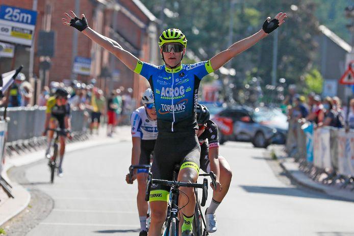 In Nieuwrode won Michiel Lambrecht de openingsrit van de Vermarc Cycling Project Junioren Driedaagse. Hij legde er de basis voor de algemene eindzege in deze Vlaams-Brabantse rittenkoers.