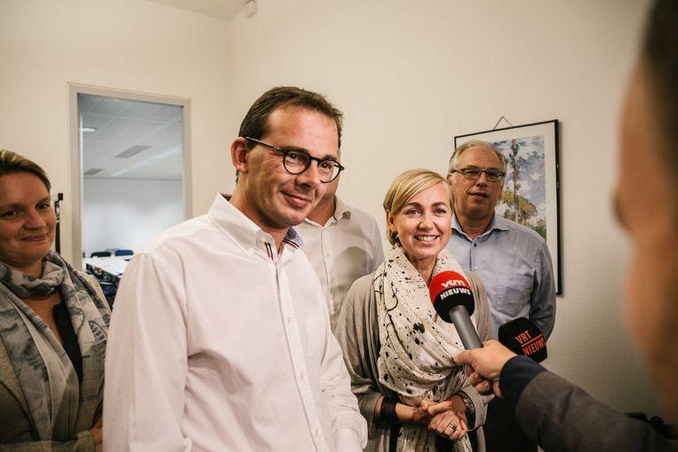 CD&V-voorzitter Wouter Beke stelt Vananroye voor. Beeld Wouter Van Vooren