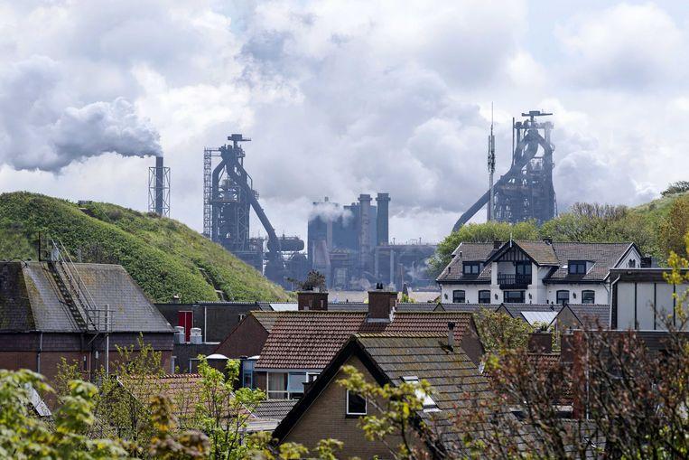 Omwonenden van Tata Steel willen zelf de emissies van de staalproducent onderzoeken. Beeld ANP