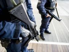 Gewapende militairen straat op in Brussel en Antwerpen