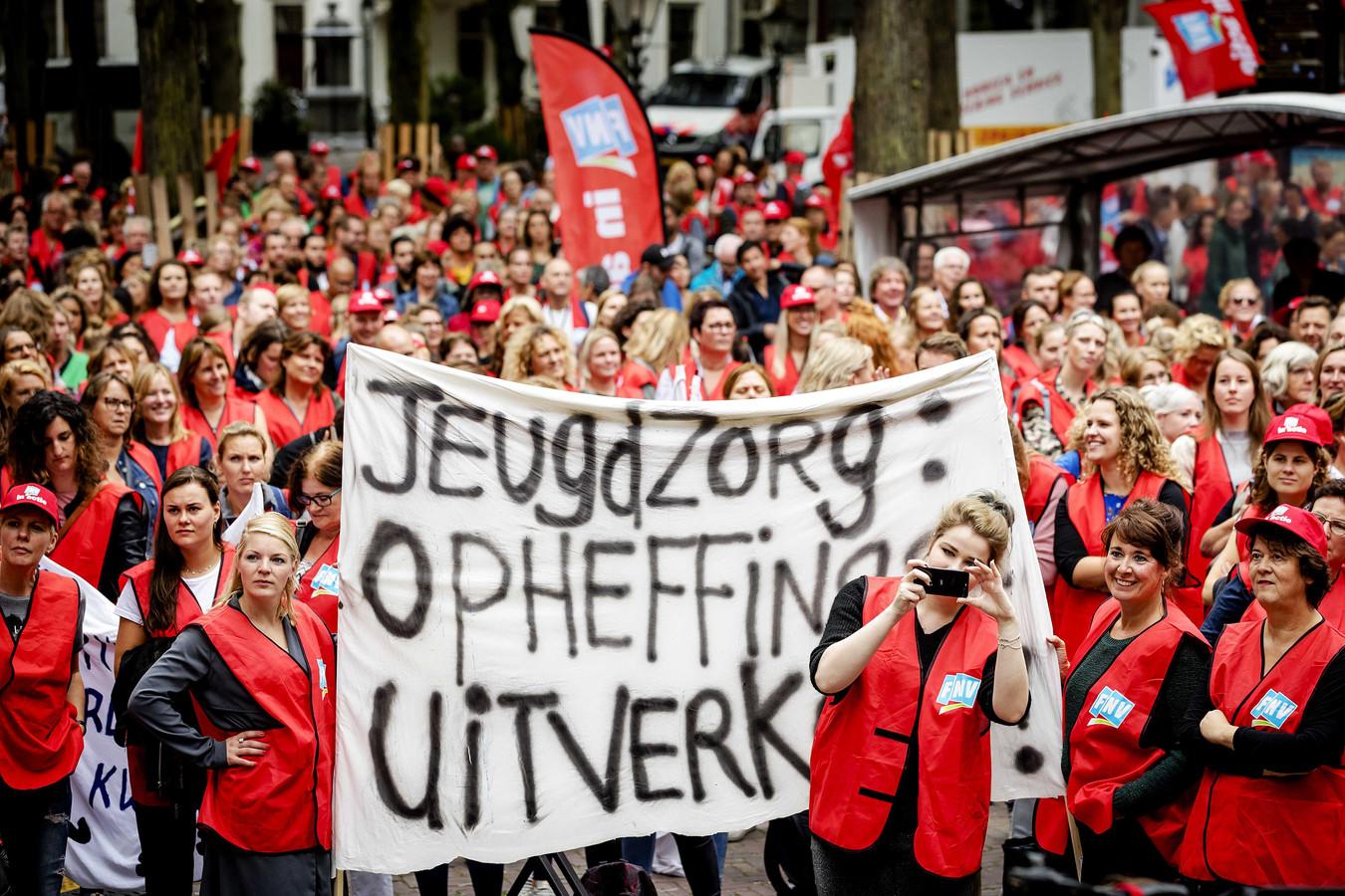 Jeugdzorgwerkers voerden in 2018 actie voor meer geld. Dat kwam er uiteindelijk waardoor vorig jaar ook voor een aantal Brabantse gemeenten de schade meeviel.