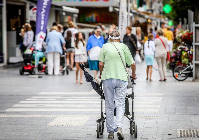 Meer dan veertig procent van de inwoners van Koksijde is ouder dan 65 jaar, wat meteen de hoge vaccinatiegraad verklaart