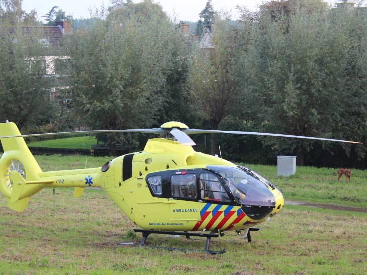 Motorrijder en fietser zwaargewond bij botsing in Dorst, traumahelikopter opgeroepen