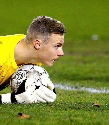 Bij Jong PSV zomert het ineens volop, dankzij een tekentafel-goal en wéér een treffer van Sambo
