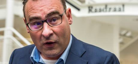 De Mos onthult in boek: zeker 80.000 euro aan verdachte donaties in Haagse corruptieaffaire