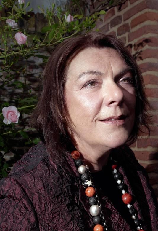 Jolande Withuis schreef een nieuwe biografie over Juliana