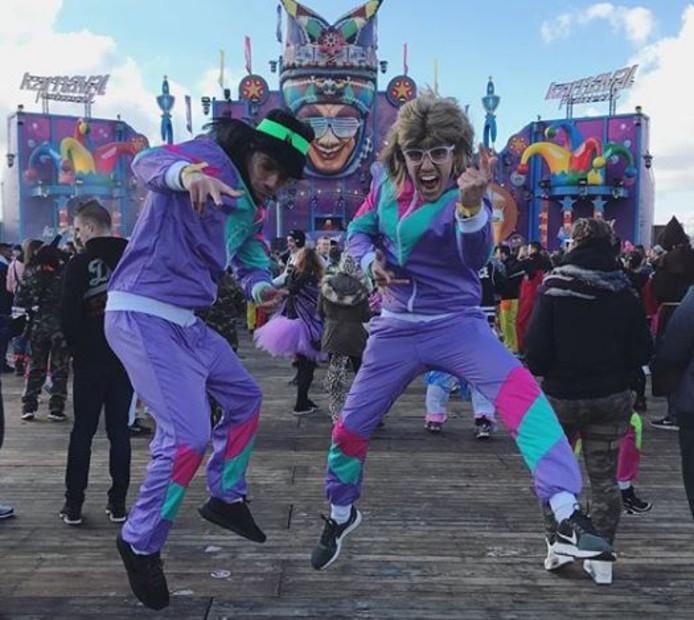Jumpen op Karnaval Festival in Moergestel.