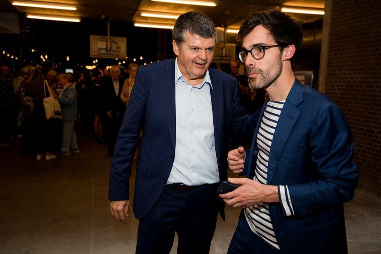 Bart Somers (Open Vld) en Kristof Calvo (Groen), de kopmannen van de Mechelse stadslijst, tijdens de verkiezingsavond.