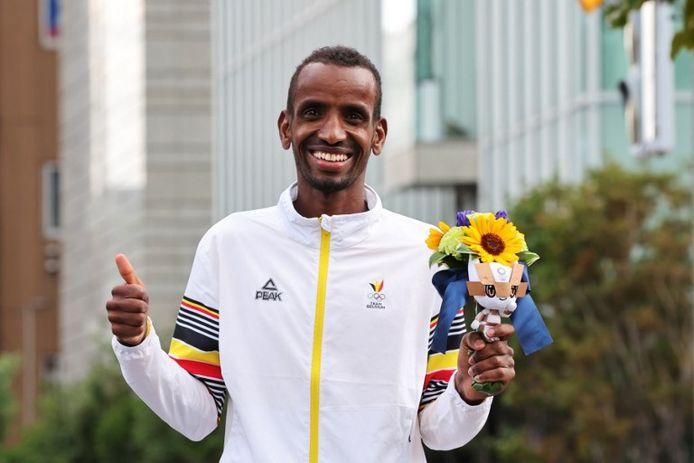 Bashir Abdi pakte bij de afgelopen Olympische Spelen in Tokio een bronzen medaille op de marathon.