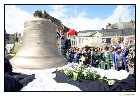 Tijdens de openingsstoet van de Gentse Feesten in 2008 werd de Mathildisklok symbolisch overhandigd aan de stad Gent. Maar ze staat intussen nog steeds in een loods in Nederland