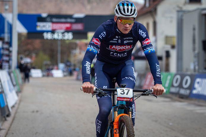 Mathieu can Der Poel op training in Zwitserland.
