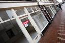Leeg winkelpand in Leiden.