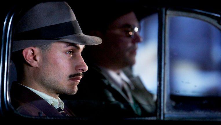 Gael García Bernal speelt de knullige rechercheur Oscar Peluchonneau Beeld Neruda