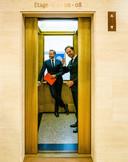 Demissionair premier Mark Rutte en demissionair minister Hugo de Jonge van Volksgezondheid, Welzijn en Sport (CDA) tijdens een persconferentie over versoepeling van de coronamaatregelen.