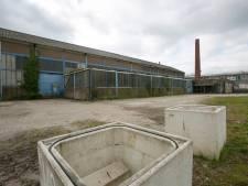 Oude Abersonfabriek in Olst had al gesloopt moeten zijn, maar rechtszaak zorgt voor veel vertraging