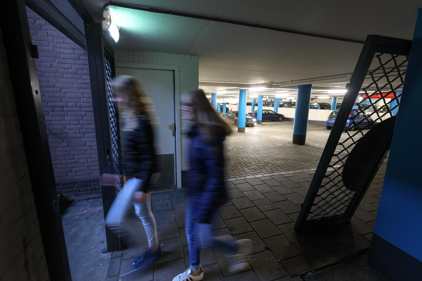De veiligheid in parkeergarages Prinsenhoven en Gasthuispoort in Steenwijk wordt onderzocht.
