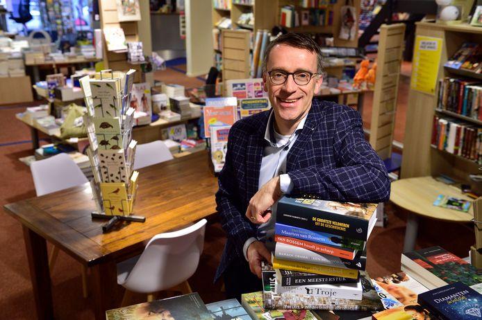 Boekhandelaar Ton Willem Burger.