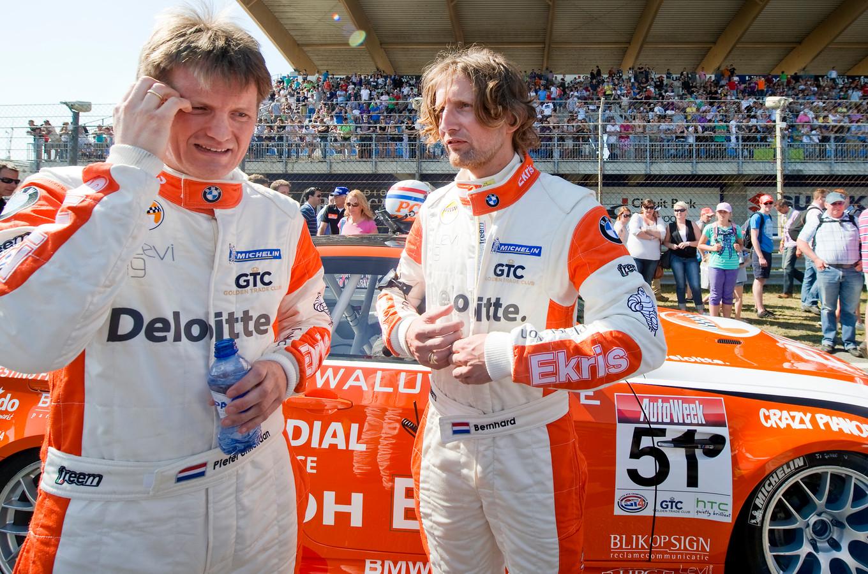 Prins Pieter Christiaan van Oranje (links) en prins Bernhard van Oranje in 2011 op Circuit Park Zandvoort.