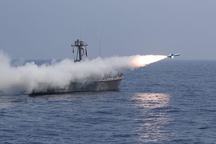 Un missile lancé par les militaires iraniens lors d'un exercice dans le golfe d'Oman.
