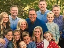 """Un père de 12 enfants meurt du coronavirus alors qu'il attendait un """"poumon artificiel"""""""