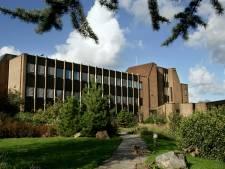 Ontwikkelaars begrijpen niets van sloop gemeentehuis Monster