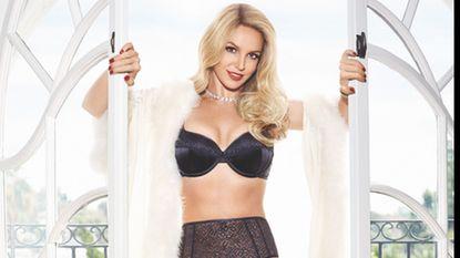 Photoshop? Britney Spears ziet er beter dan ooit uit in lingerie