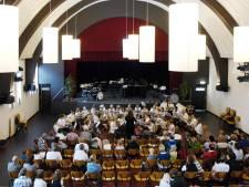 Opname van kerkdienst in Vriezenveen leidde tot coronauitbraak: 'Juist wij ergerden ons aan mensen en kerken die doorgingen'