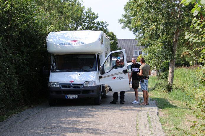 De camper waarin de familie woonde, werd in augustus 2018 bij Aagtekerke aangehouden.