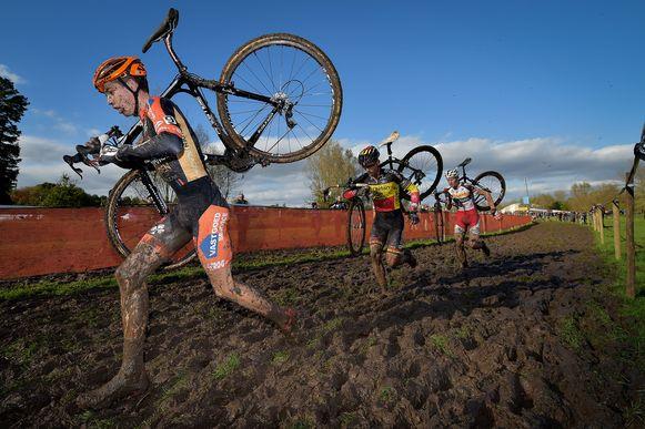 Net als in 2014 belooft de Poldercross ook dit jaar een modderige editie te worden.