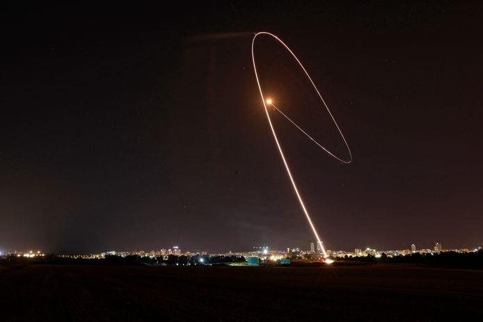 Stanotte un missile è intercettato vicino a Tel Aviv.