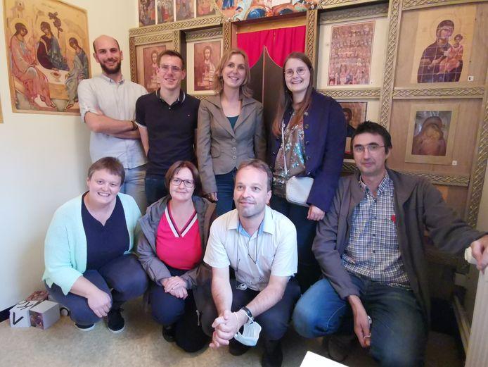 Een deel van de werkgroep achter het incaperoom-project in Roeselare. Rechts zien we Bart Deprez.