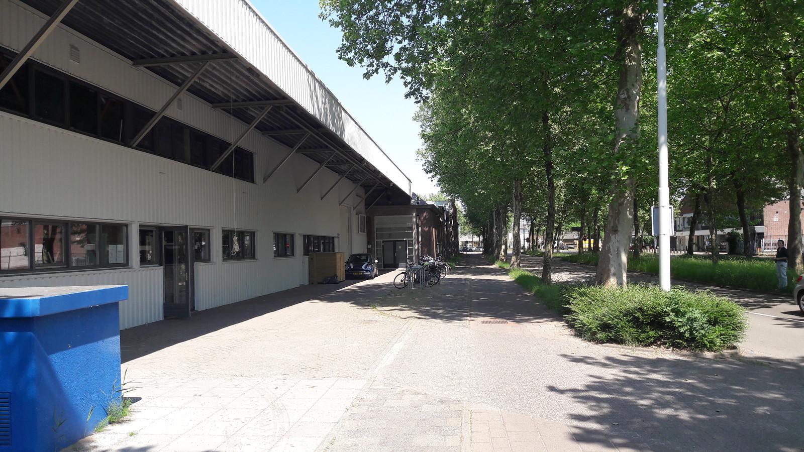 Electron aan de Belcrumweg in Breda, de heropening met galeriecafe is vrijdag 18 mei.