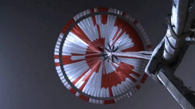 Parachute van wagentje op Mars bevat geheime boodschap