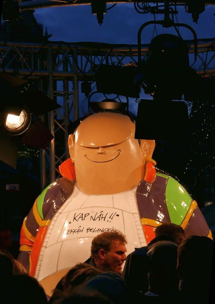 Haagse Harry in de spotlights in hartje Den Haag.