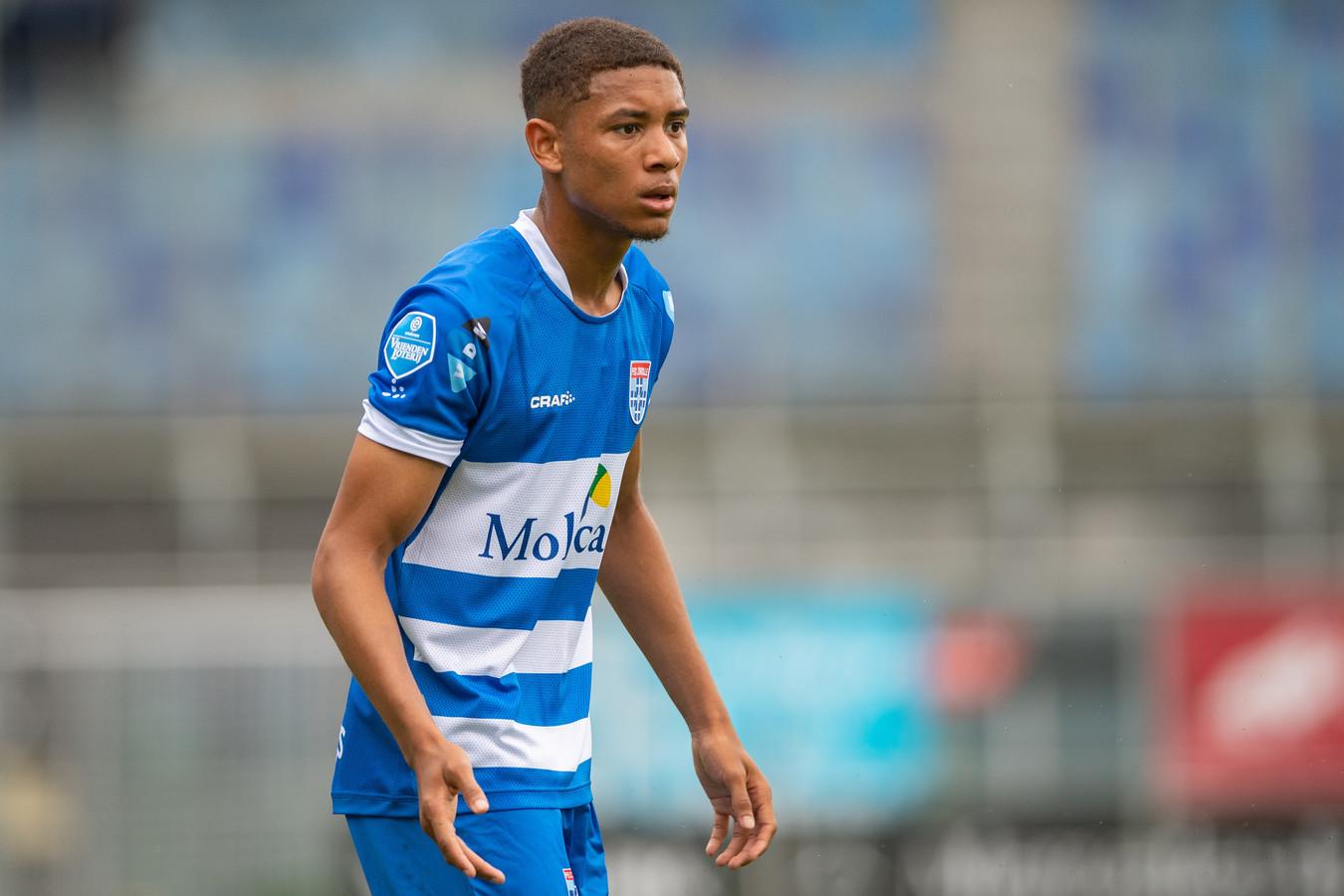 Daijiro Chirino wacht nog op zijn officiële debuut bij PEC Zwolle.