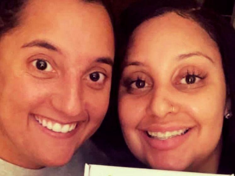 Collega's ontdekken via DNA-test dat ze zussen zijn