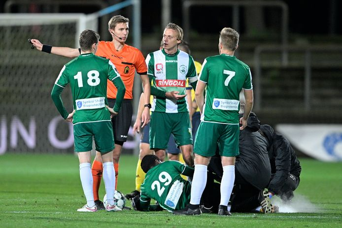 Lommel's Marlos Moreno lies injured on the ground during a soccer match between Lommel SK and Royal Union Saint-Gilloise, Sunday 13 December 2020 in Lommel, on the fourteenth day of the 'Proximus League' 1B second division of the Belgian soccer championship. BELGA PHOTO YORICK JANSENS