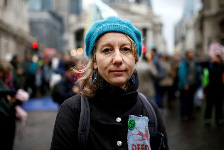 Gail Bradbrook tijdens een demonstratie in Londen in 2019.   Beeld REUTERS