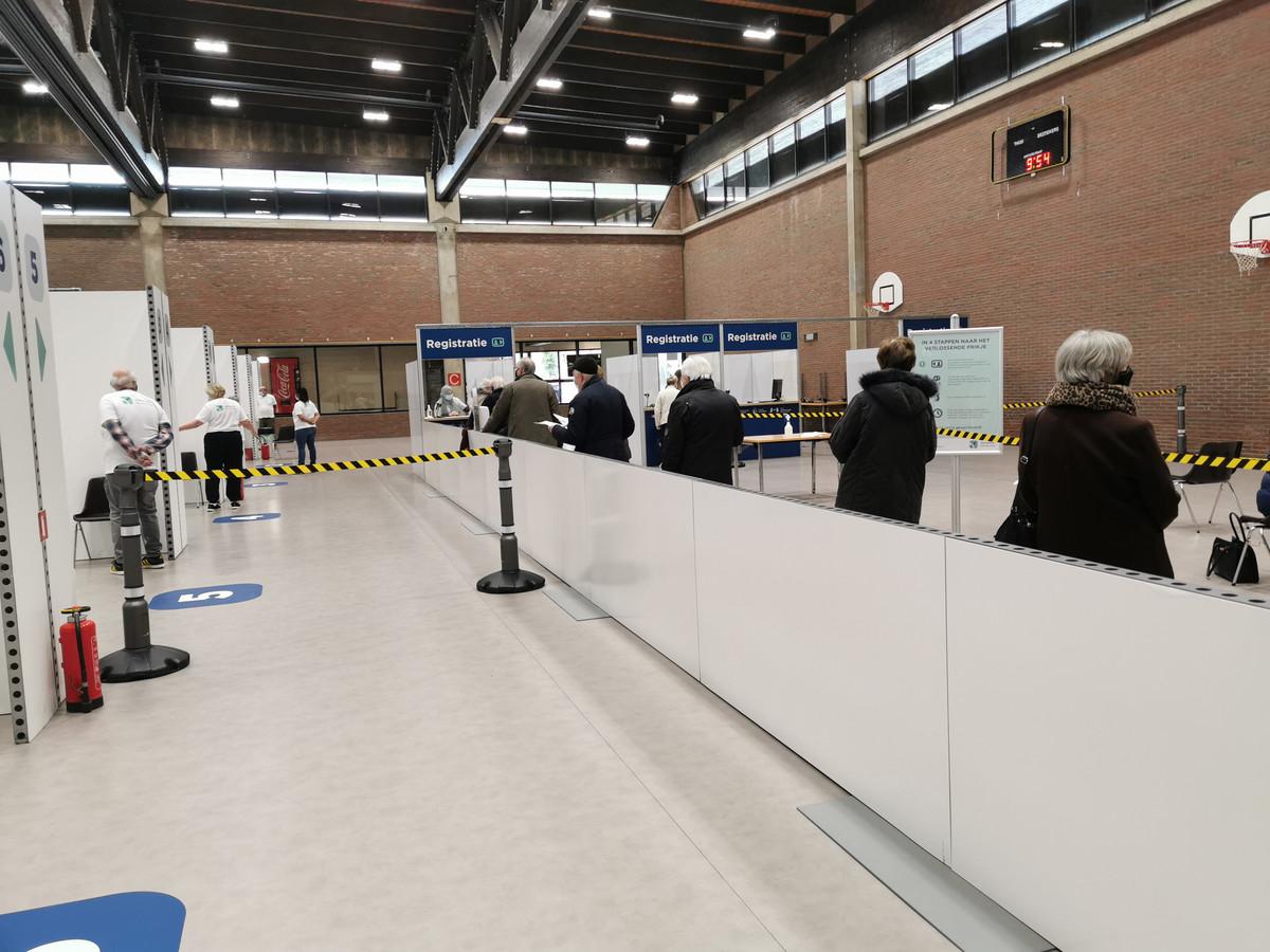 Het vaccinatiecentrum in Halle.