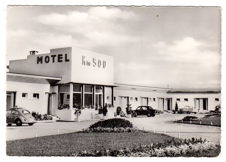 Route Nationale 7 - RN7 - Motel KM500 in Chonas. Beeld Collectie Erik Verhaest