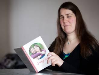 """Brugse blinde mama Monique krijgt Lion Francoutprijs: """"Erkenning doet veel deugd"""""""